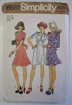 Simplicity-6661-1940s-dress-size-14-web