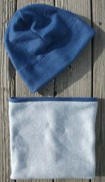 dark-blue-gray-fleece-hat-beanie-gaiter-reverse